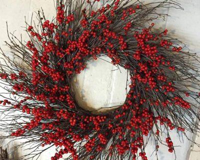 gallery-berry-twig-wreath